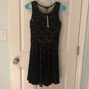 Party and evening dress in black Size Small NWT